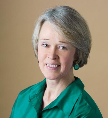 author Laura Maciuika